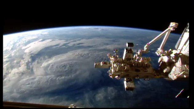 ISS HD Live View Earth Live15